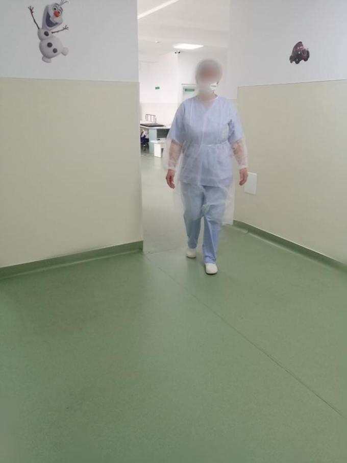 """(Foto) Așa arată un spital din România cu depozitele pline de echipamente anti-coronavirus """"Magazia spitalului a fost aprovizionata astfel incat sa se asigure un stoc de rezerva pentru o perioada de 45 de zile. Atașăm poze făcute în această dimineață!"""" 18"""