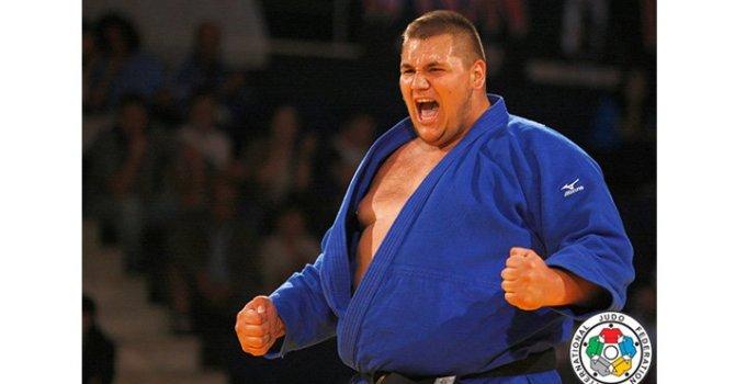 FELICITĂRI! Sportivul român Daniel Natea a câștigat medalia de AUR la judo prin ippon 5