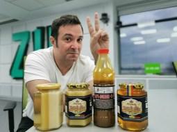 """(Foto) Daniel Buzdugan: """"E greu în ziua de azi să faci diferența între OTRAVĂ și Remediu. Mierea de albine este foarte ușor de falsificat! Având 2 copii mici nu-mi este deloc indiferent ce miere le dau să consume, mai ales că..."""" 11"""