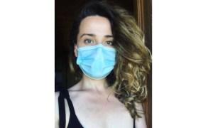 """Infectată. Alina Mereuta: """"De 11 zile sunt într-o relație. Cu coronavirusul. De unde am luat virusul? M-a găsit acasă. Am luat virusul de la cineva din familie. Care l-a rândul sau l-a luat de la niște angajați care au ascuns ca au simptome, si au sperat ca e doar o răceală. Ce simptome am avut?"""" 14"""