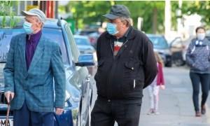 """Moise Guran: """"Îi salut cu respect pe toți cei 1% locuitori ai județului Dâmbovița, purtători de mască, pe care i-am intersectat traversând județul de la sud la nord, azi, în a treia zi de când aceasta este obligatorie peste tot"""" 46"""