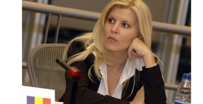 """Update. Elena Udrea, noi dezvăluiri despre sarcină. """"Nu suport mirosurile, mâncarea, uneori nici aerul pe care îl respir. Poate este şi o  ..."""" 12"""