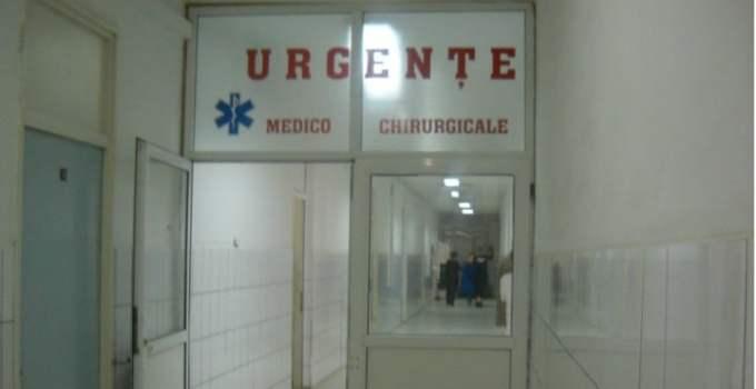 """""""Si prostul de mine voia sa se intoarca în România ...Sa stai 10 ore (si inca nu s-a terminat) pentru o urgenta posibil chirurgicala (caci altfel nu as fi apelat la unitatea de primiri urgente), dintre care 8 irosite pe statul la rând și încă 2 și 45 pe rândul de la radiografie"""" 22"""