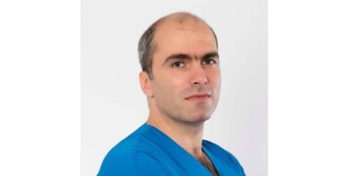 """Medic din România: """"Dragi pacienți, rude de pacienți, români sănătoși sau bolnavi, știu că sunteți ocupați să supraviețuiți în minunata noastră țară. Știu, nu vă vine să ieșiți în stradă pentru medici, mulți dintre noi poate v-au dezamăgit. Dar """" ... 9"""