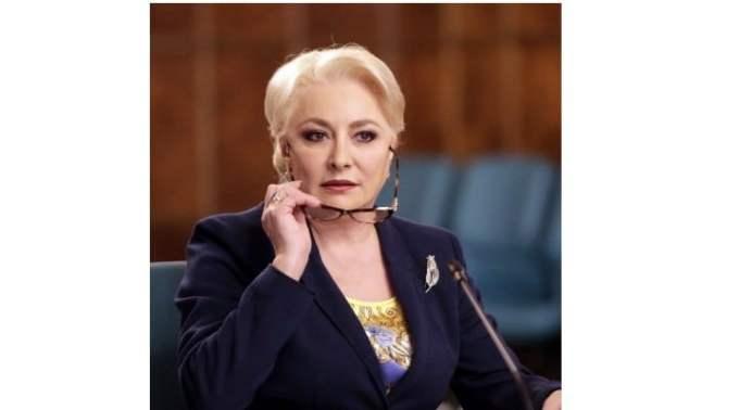 """Viorica: """"Am început să fiu eu"""". Denise Rifai: """"UAU. Jur ca nu as vrea sa fiu acum in locul lui Dragnea. 😅. Deci daca nu era Dragnea, femeia asta era Nici secretara de Consiliu Judetean. """"Nici"""" secretara, dada!!!!  Nasol, domn Presedinte! Chiar aveti ..."""" 1"""