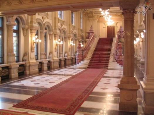 palatul-cotroceni-palace-bucharest-romania-scari eastern europe palaces castles