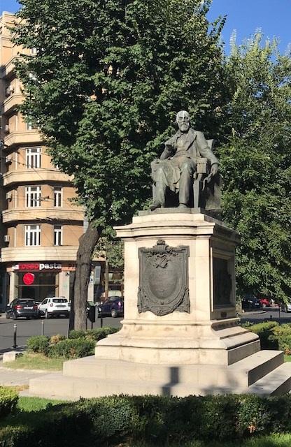 Statuia lui C. A. Rosetti (Piaţa Rosetti, Bucureşti)