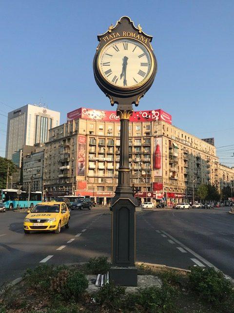 Monument cu ceas (Piața Romană, București)