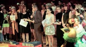 """Românii din Spania, premiaţi la Festivalul International al Tinerelor Talente """"Propatria"""" - Roma 2013"""