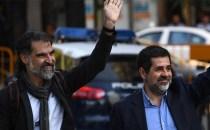 Liderii separatişti catalani Jordi Sanchez şi Jordi Cuixart, trimişi după gratii