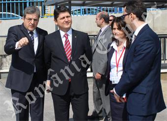 Ambasadorul Ion Vîlcu, ministrul Titus Corlăţean şi consulul Irina Marin
