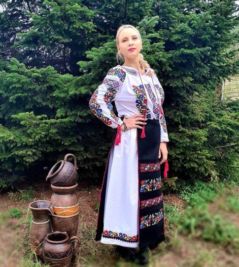 costume populare de la Bucovina de vanzare