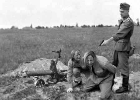 Soviet Faked photo of Nazi execution