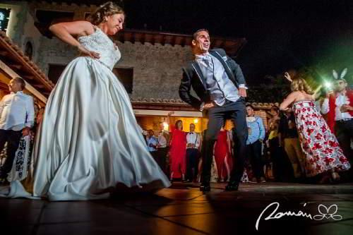 Román Larrodé, Fotógrafo de bodas civiles
