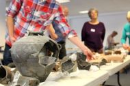 Pottery viewing at the SGRP conference in Oxford (photo: Kate Brady)