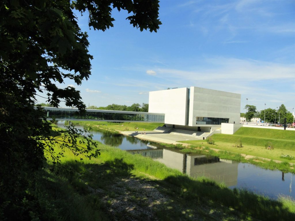 Modern museum, interesting things to do in Poznan