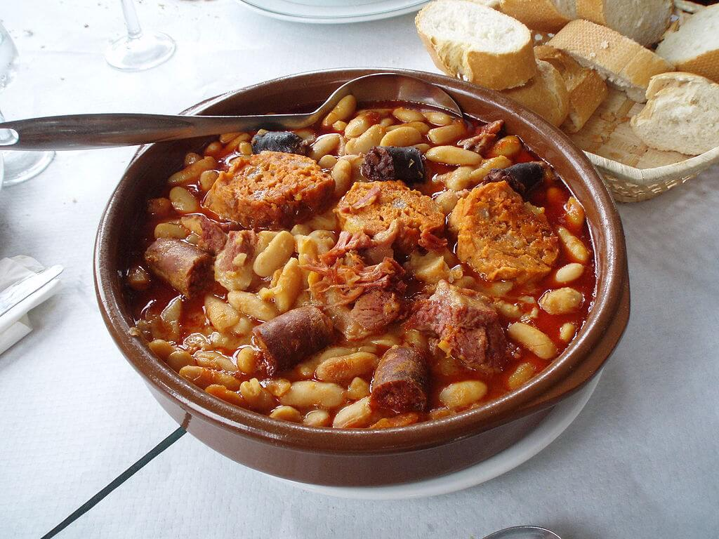 Fabada, traditional dish of Asturias