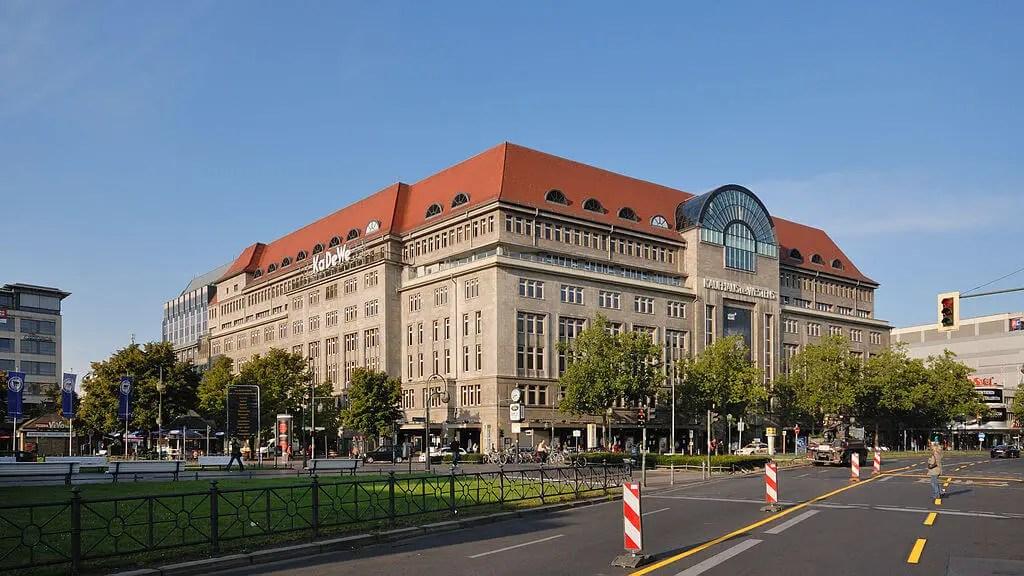 Крупнейший универмаг Европы, Берлин