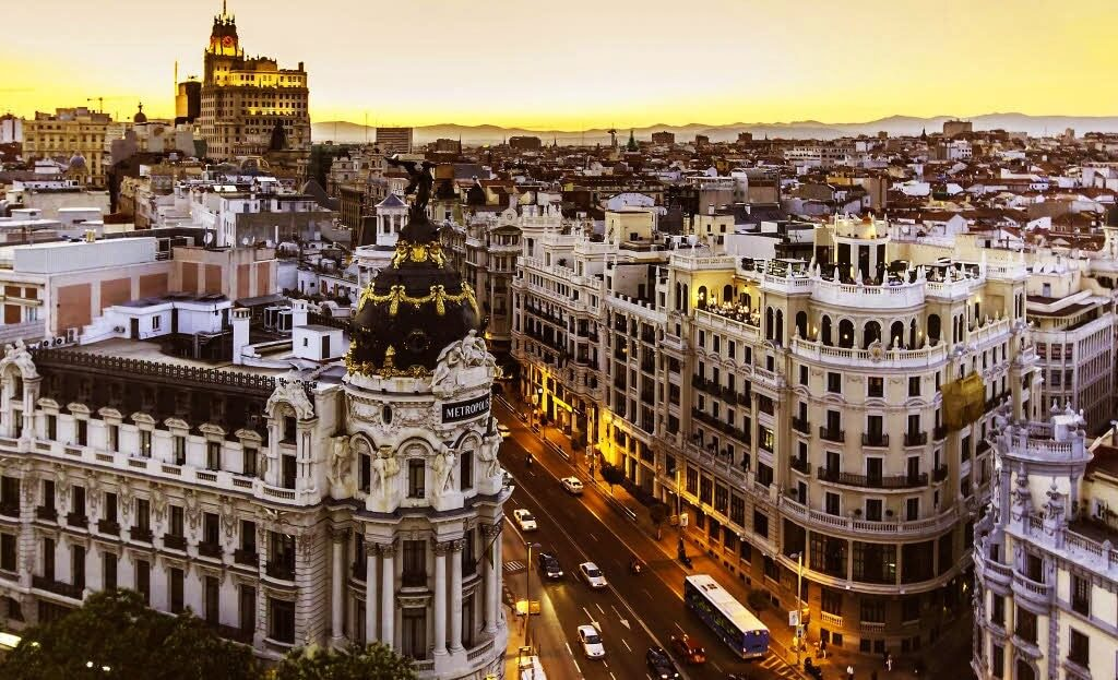 sunset in Madrid, prices and 3-day itinerary