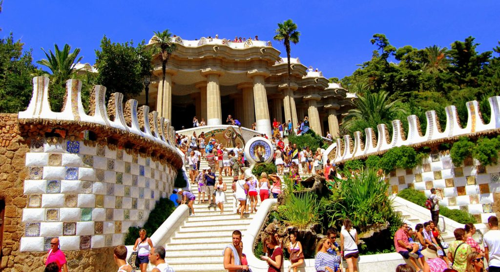 Guide to Gracia, Park Guell, Barcelona