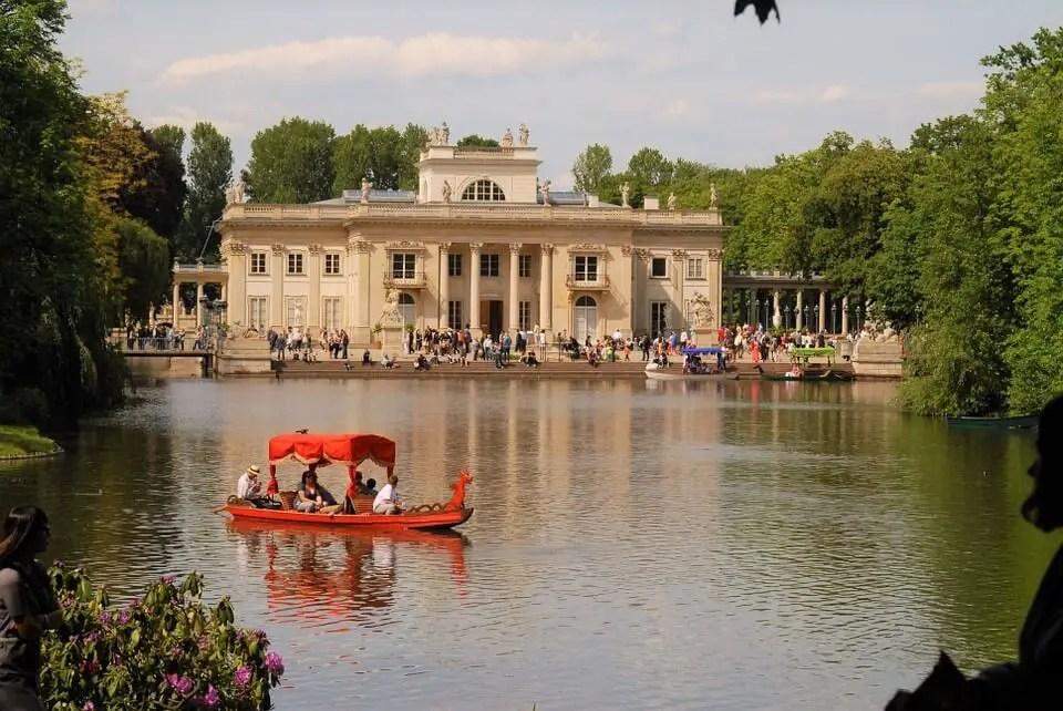 Lake in Lazienki Krolewskie Park, Warsaw