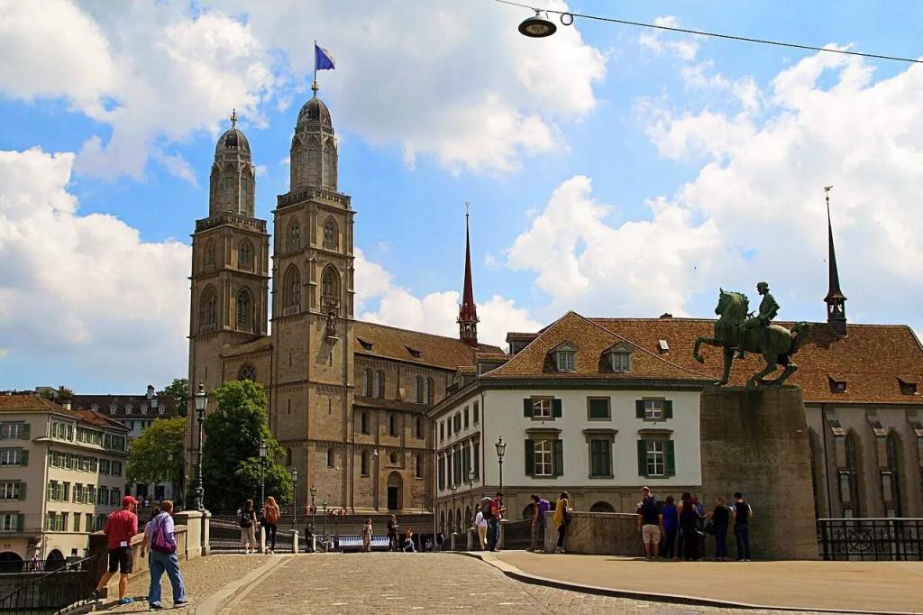 Церковь Гроссмюнстер в Цюрихе