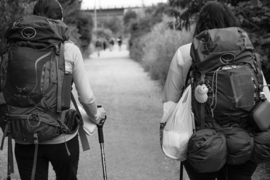 How to pack a backpack, two hikers