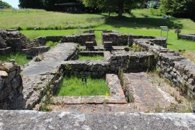 The men's baths at Fontaines Sallees