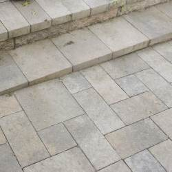Pre-Ledge Rock paver