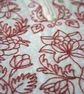 Historical embroidery designs - 18th c. pockets.