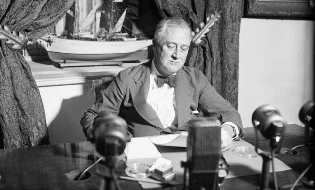 Siaran Radio Franklin D Roosevelt