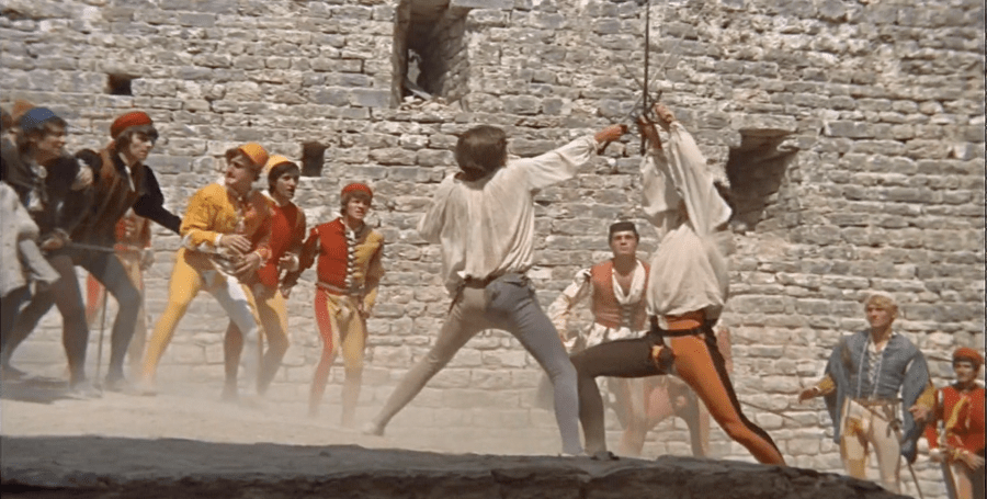 G015 - Romeo duels with Tybalt - Town Wall - Via Appennino