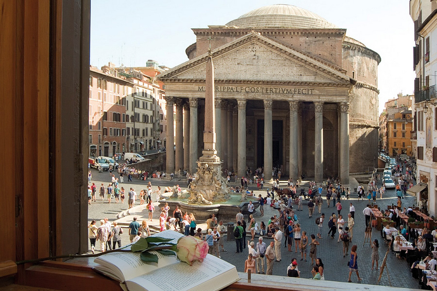 The Pantheon And Piazza Della Rotondo Rome On Rome
