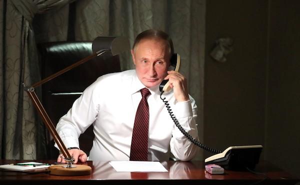 Putin on telephone