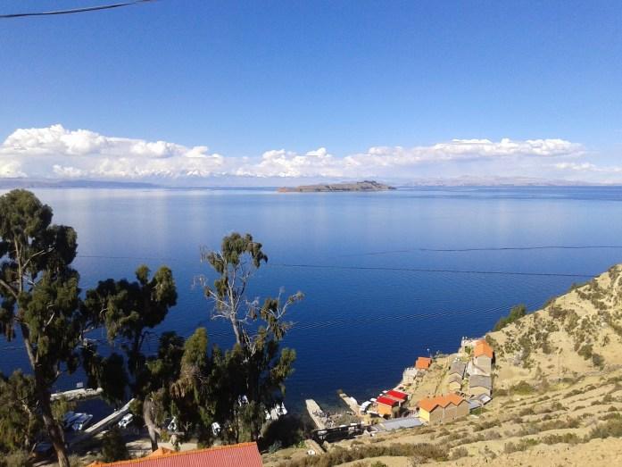 Vista panorámica desde Isla del Sol, Bolivia, 2014   rominitaviajera.com