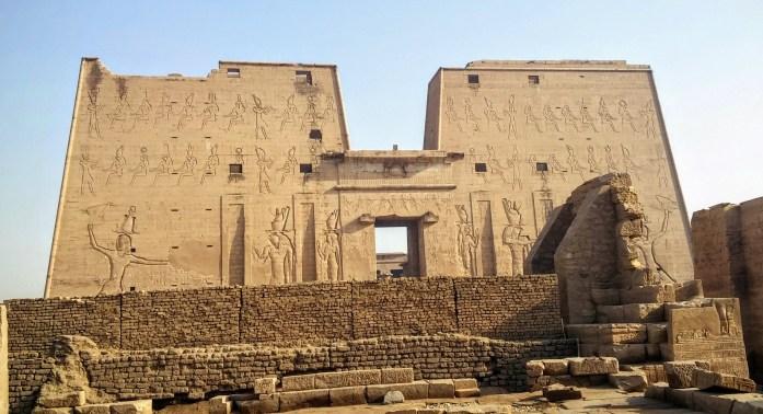Templo de Edfu, Edfu, Egipto, marzo 2016 | viajarcaminando.org