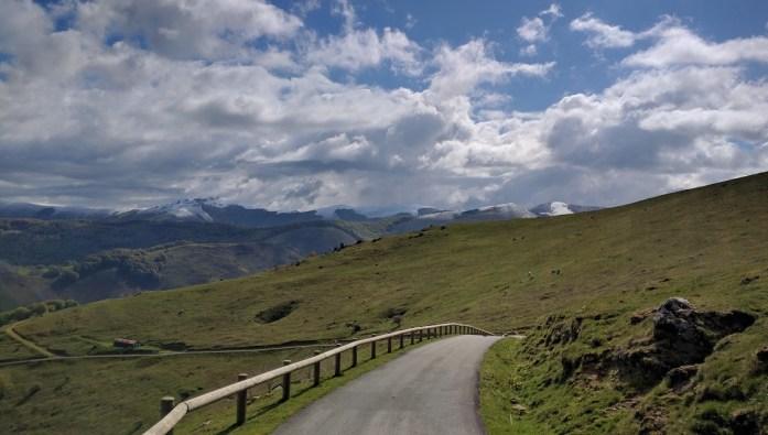 Pirineos, Navarra, España, mayo 2016 | viajarcaminando.org