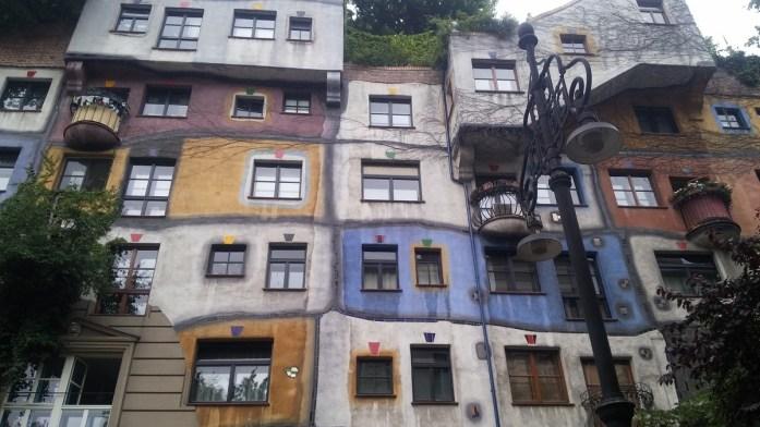 Hundertwasserhaus, Viena, Austria, junio 2016 | viajarcaminando.org