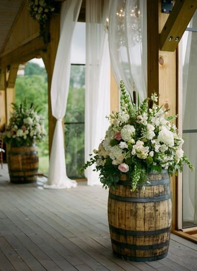 The Best 35 Creative Rustic Wedding Ideas To Use Wine Barrels Pictures