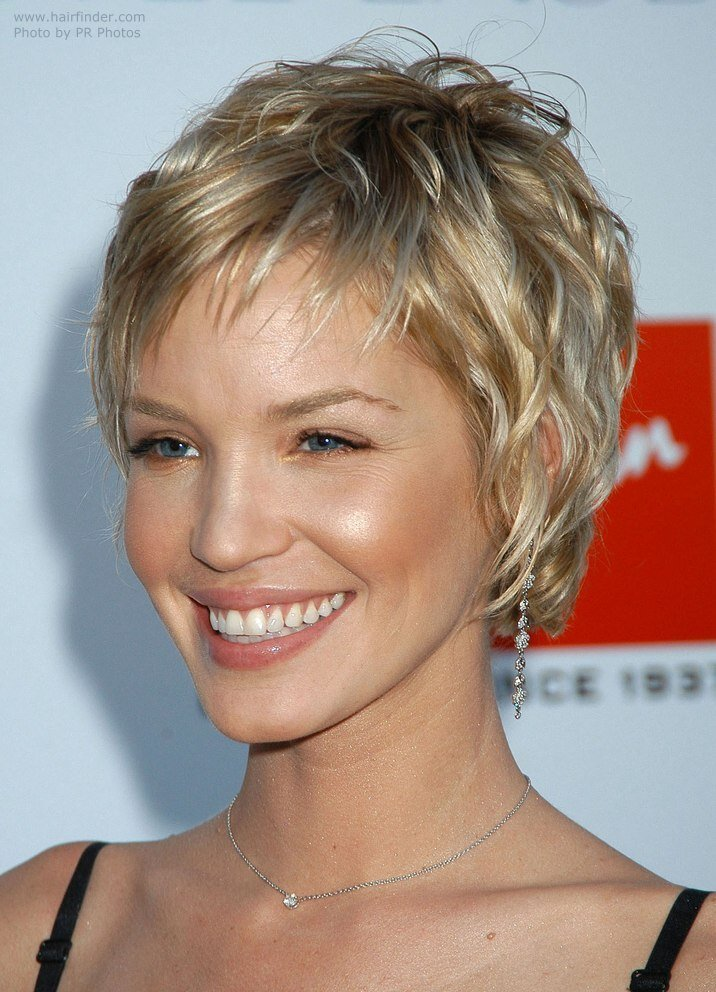 The Best Ashley Scott Sporting A Very Short Layered Hairstyle Pictures
