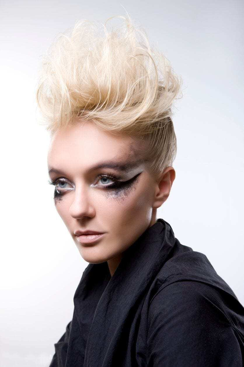 The Best 8 Fashionable Mohawk Hairstyles For Women From Haute To Pictures