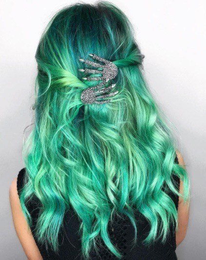 The Best 12 Witch Hair Ideas To Help You Slay Your Halloween Look Pictures