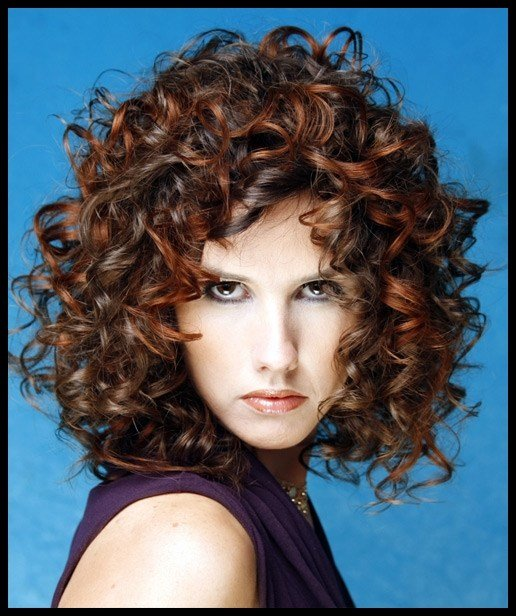The Best Lovable And Easy Hairstyles For Curly Hair To Do At Home Pictures