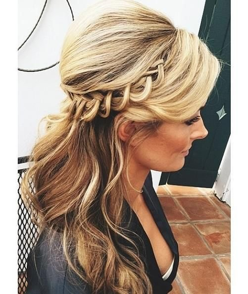The Best Maid Of Honor Updo I M So Doing This For My Sister S Pictures