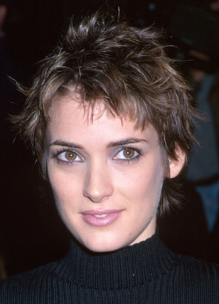 The Best Winona Ryder Short Hairstyles In 2019 Short Hair Pictures