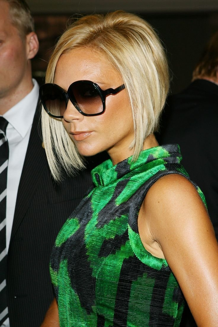 The Best Victoria Beckham's Angled Bob Hair Pinterest Hair Styles Hair And Celebrity Hairstyles Pictures