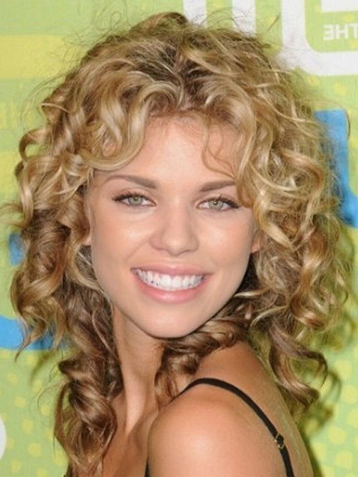 The Best 25 Short Curly Hair With Bangs Shoulder Length Curly Hair Medium Length Curly Hairstyles And Pictures