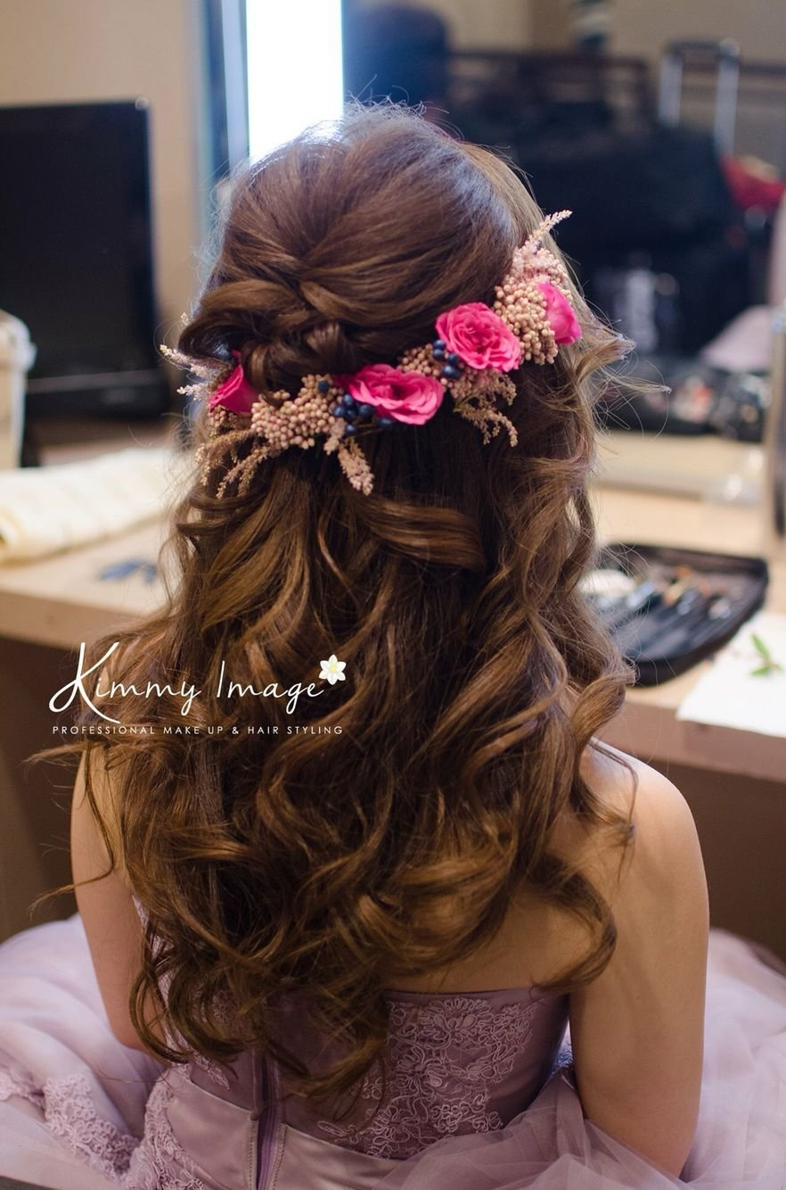 The Best Dreamy Flowery Hairstyle Makeup And Hairstyles Hair Pictures