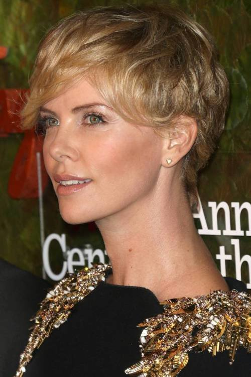 The Best 40 Sparkly Christmas And New Year Eve Hairstyles Pictures