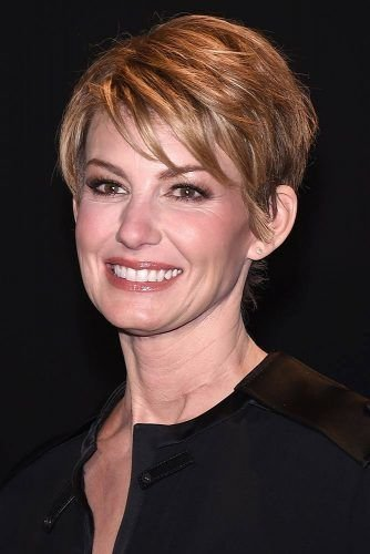 The Best 70 Stylish Short Hairstyles For Women Over 50 Pictures